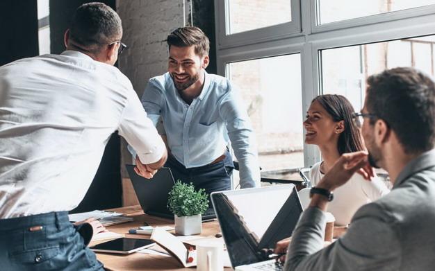 职场新鲜人注意、公司菜鸟必看的办公室生存基本5项铁则!插图